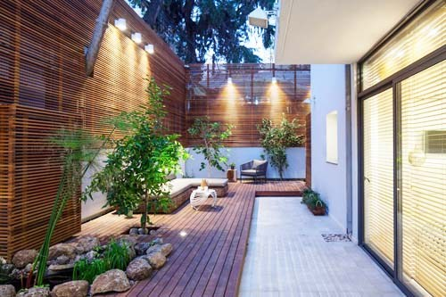 Denah Rumah 8×10 dengan Teras Samping, Contoh Desain